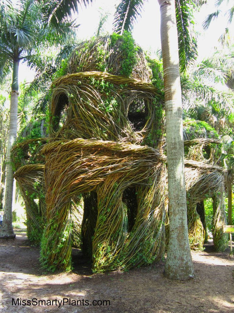 'The Royals' by artist Patrick Dougherty